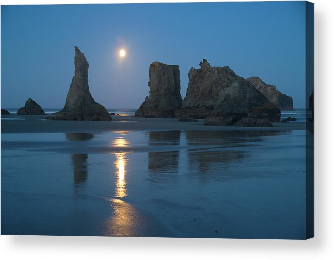 Scenics Acrylic Print featuring the photograph Moon Setting Over Seastacks At Low by Darrell Gulin