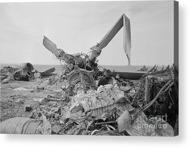 1980-1989 Acrylic Print featuring the photograph View Of American Helicopter by Bettmann