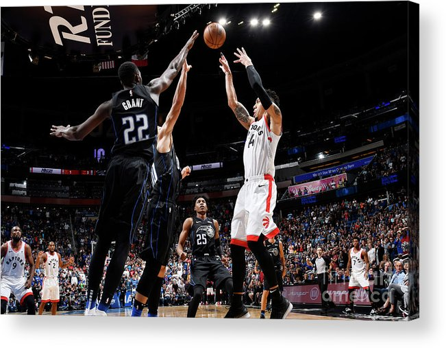 Nba Pro Basketball Acrylic Print featuring the photograph Danny Green by Fernando Medina