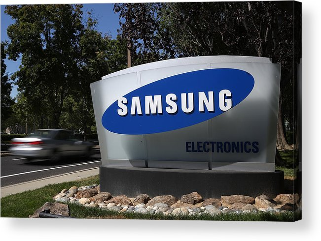 Office Acrylic Print featuring the photograph Trial Begins In Apple-Samsung Patent Battle by Justin Sullivan