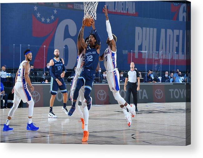 Nba Pro Basketball Acrylic Print featuring the photograph Memphis Grizzlies v Philadelphia 76ers by Bill Baptist