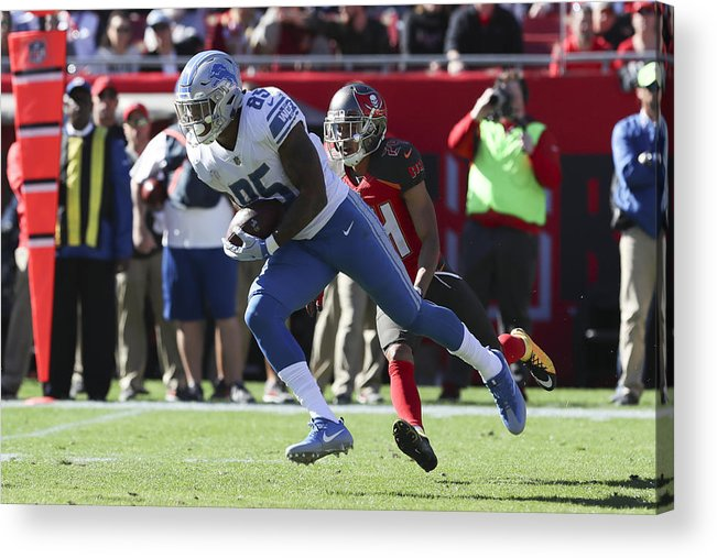 Tampa Acrylic Print featuring the photograph NFL: DEC 10 Lions at Buccaneers by Icon Sportswire