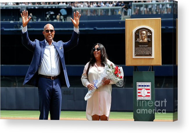 Crowd Acrylic Print featuring the photograph Mariano Rivera by Jim Mcisaac