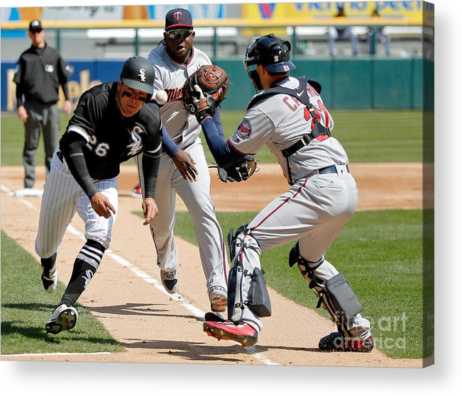 Second Inning Acrylic Print featuring the photograph Minnesota Twins V Chicago White Sox by Jon Durr