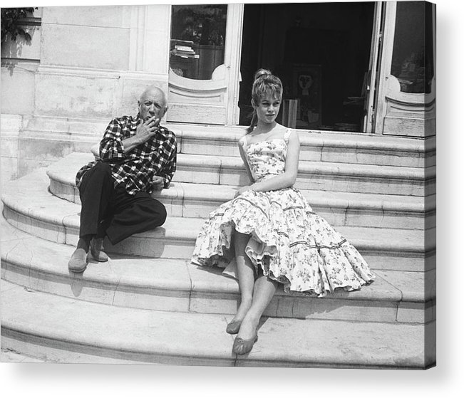 People Acrylic Print featuring the photograph Pablo Picasso With Brigitte Bardot by Bettmann