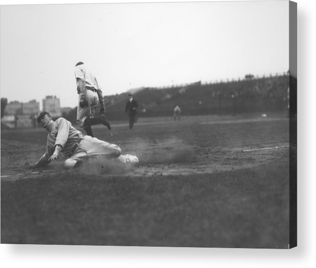 1910-1919 Acrylic Print featuring the photograph Ty Cobb by Fpg