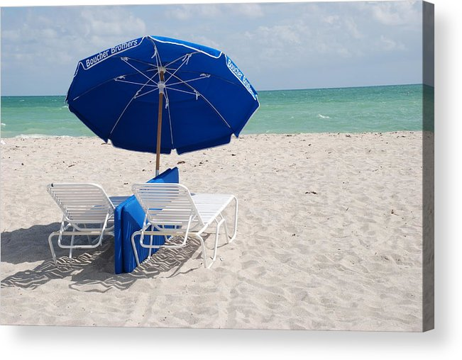 Sea Scape Acrylic Print featuring the photograph Blue Paradise Umbrella by Rob Hans