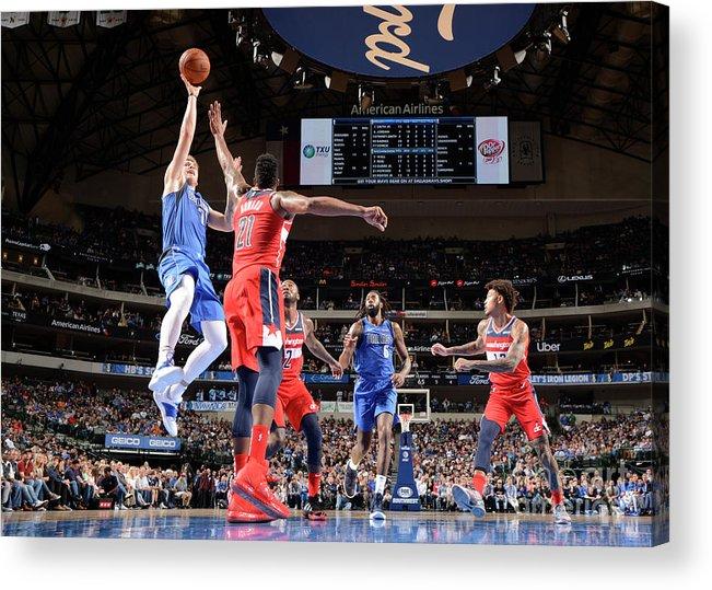 Nba Pro Basketball Acrylic Print featuring the photograph Washington Wizards V Dallas Mavericks by Glenn James