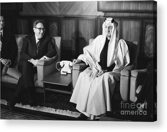 People Acrylic Print featuring the photograph Henry Kissinger With King Faisal by Bettmann