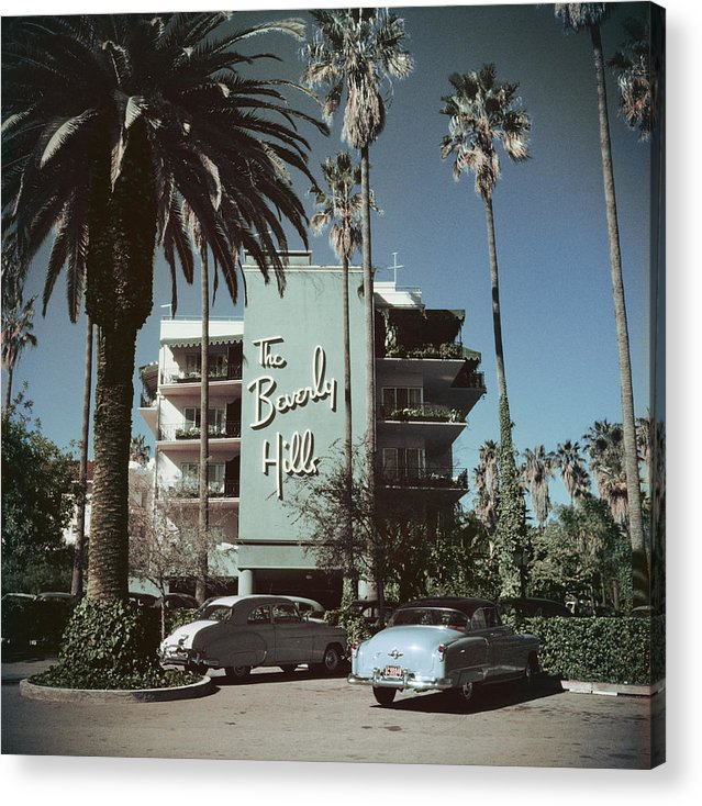 1950-1959 Acrylic Print featuring the photograph Beverly Hills Hotel by Slim Aarons