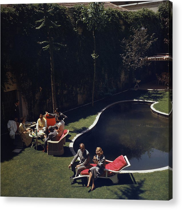 People Acrylic Print featuring the photograph Garden In Madrid by Slim Aarons