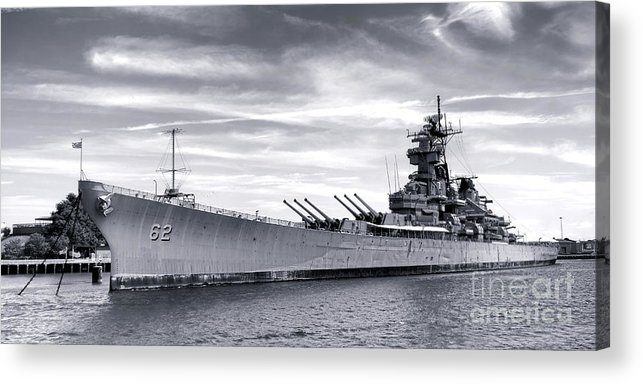 Uss New Jersey Acrylic Print featuring the photograph The New Jersey by Olivier Le Queinec