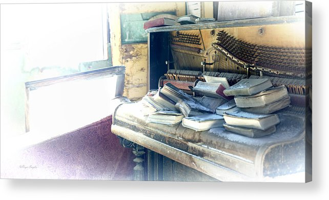 Unique Acrylic Print featuring the photograph Piano 4 by Roger Snyder