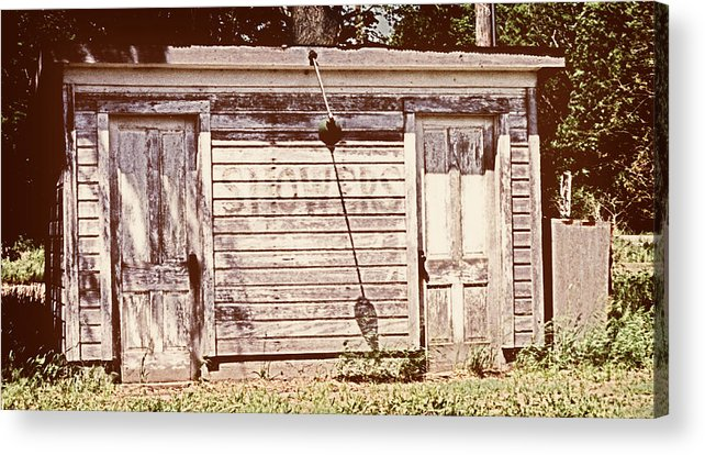 Wayside Acrylic Print featuring the photograph Wayside Shower by Marilyn Hunt