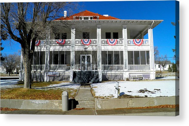 Fort Bayard Acrylic Print featuring the photograph Fort Bayard Commandant's House by Feva Fotos