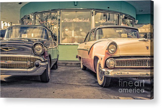 Diner Acrylic Print featuring the photograph Mel's Drive-in by Edward Fielding