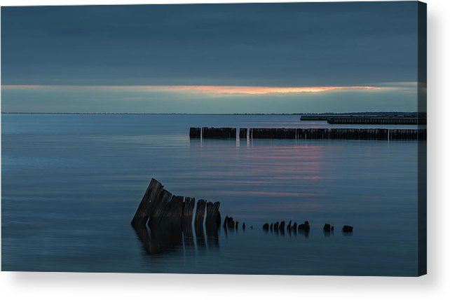 Sayville Ny Acrylic Print featuring the photograph Evening On The Great South Bay by Steve Gravano