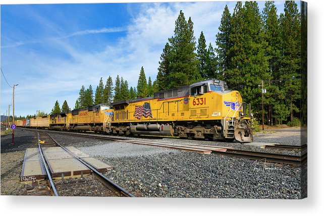 Freight Trains Acrylic Print featuring the photograph Up6331 by Jim Thompson
