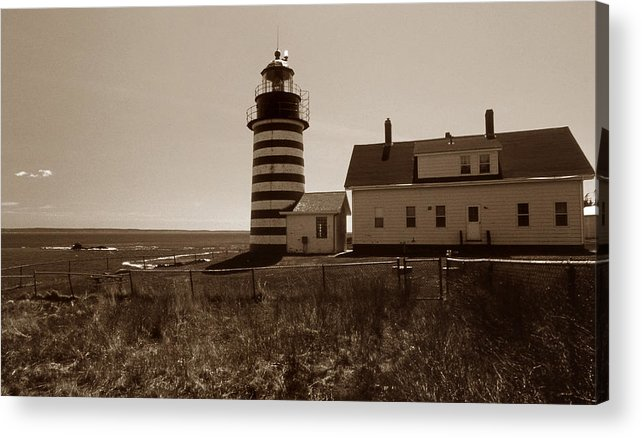 West Quoddy Light Acrylic Print featuring the photograph West Quoddy Lighthouse by Skip Willits