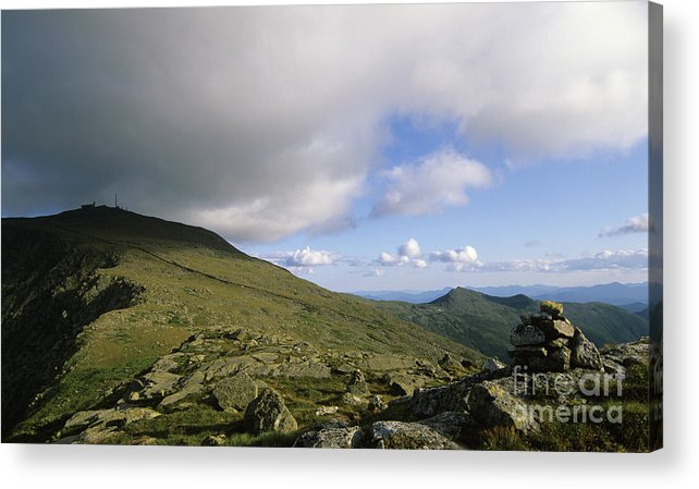 Mount Washington Acrylic Print featuring the photograph Mount Washington New Hampshire Usa by Erin Paul Donovan