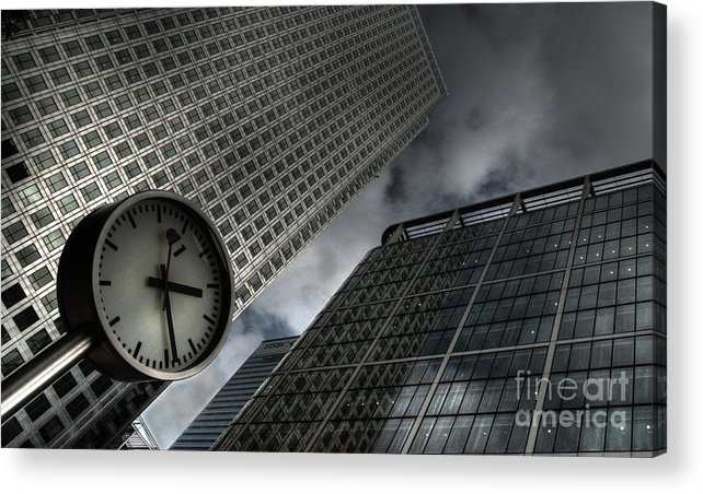 London Acrylic Print featuring the photograph Time To Work by Rob Hawkins
