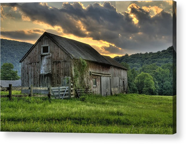 Farms And Barns Acrylic Print featuring the photograph Casey's Barn by Expressive Landscapes Fine Art Photography by Thom