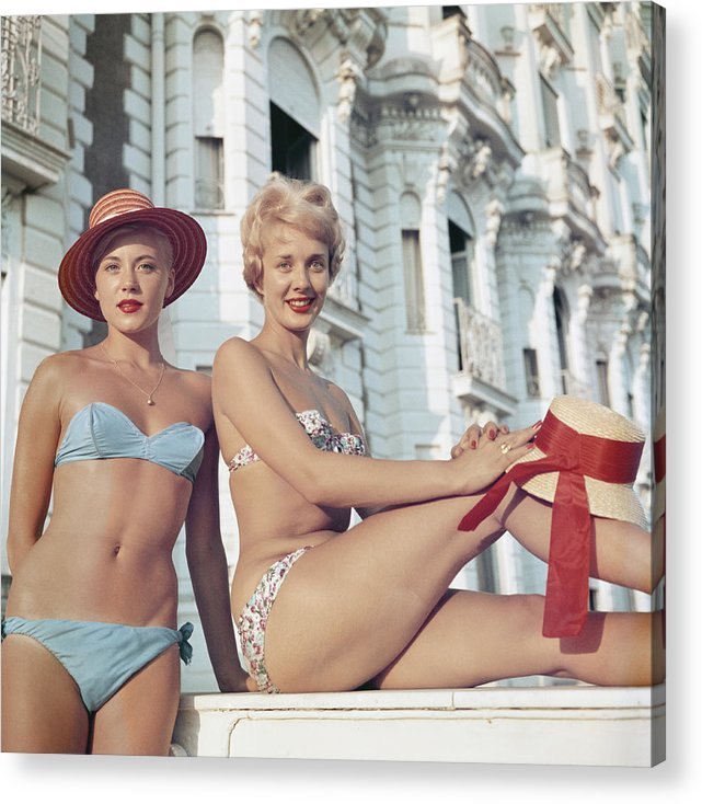 Straw Hat Acrylic Print featuring the photograph Cannes Cannes Girls by Slim Aarons
