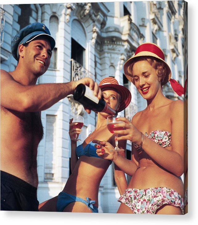 1950-1959 Acrylic Print featuring the photograph Top Up by Slim Aarons
