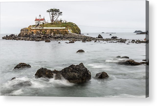 Battery Acrylic Print featuring the photograph Battery Point Lighthouse by Alasdair Turner