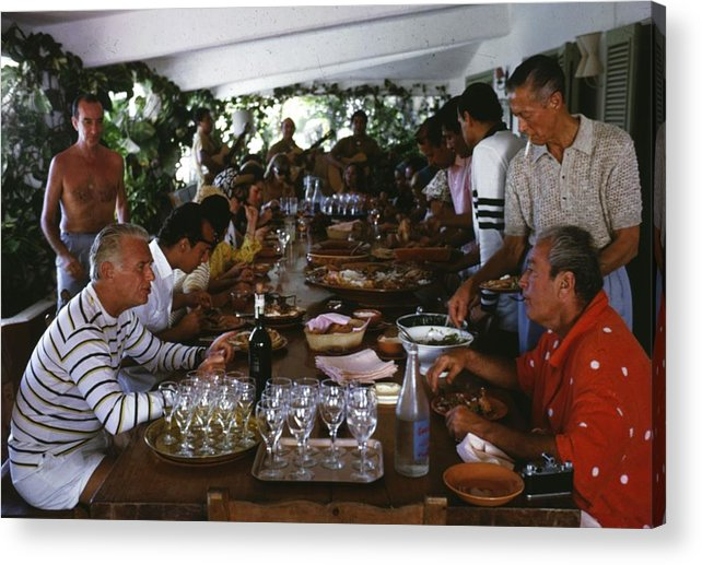 Crowd Acrylic Print featuring the photograph Acapulco Lunch by Slim Aarons