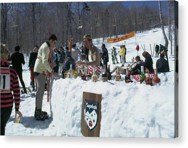 People Acrylic Print featuring the photograph Sugarbush Skiing by Slim Aarons