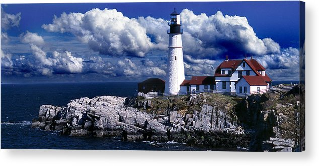 Maine Lighthouses Acrylic Print featuring the photograph The Front At Portland Head by Skip Willits