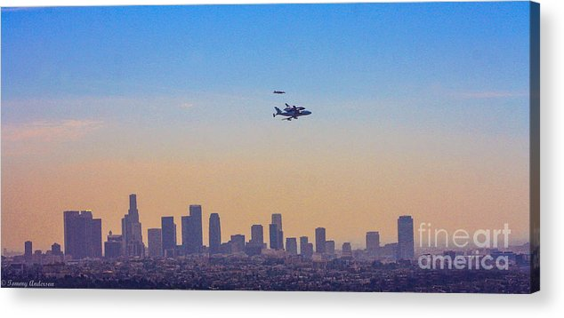 Space Shuttle Endevour Acrylic Print featuring the photograph Shuttle Over La 2 by Tommy Anderson