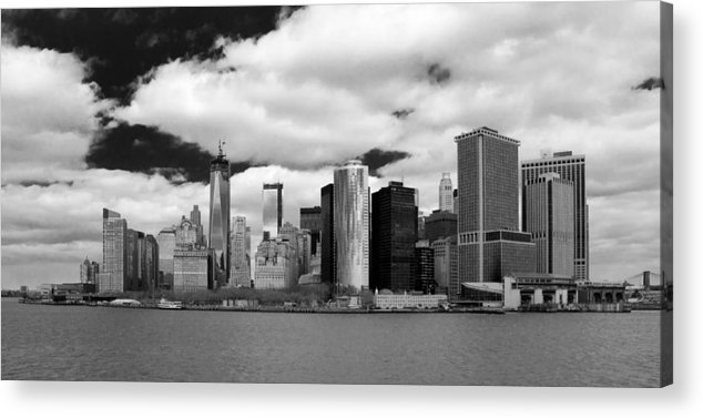 Guy Whiteley Photography Acrylic Print featuring the photograph Manhattan 10450 by Guy Whiteley