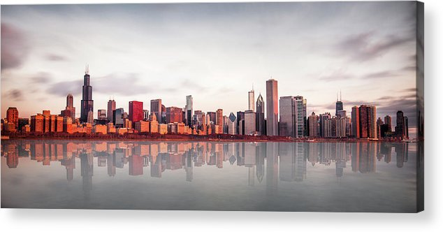 Chicago Acrylic Print featuring the photograph Sunrise At Chicago by Marcin Kopczynski