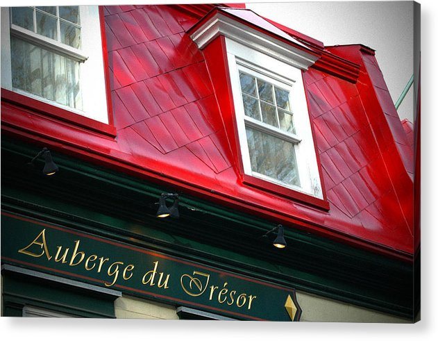 Quebec City -auberge Du Tresor Acrylic Print featuring the photograph Quebec City -auberge by Geoff Evans