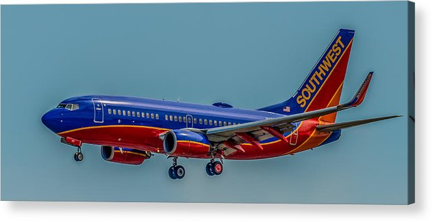 Plane Acrylic Print featuring the photograph Southwest 737 Landing by Paul Freidlund