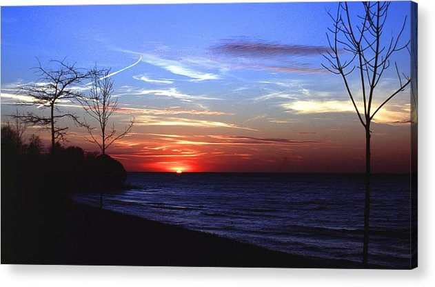 Sunset Acrylic Print featuring the photograph 112601-54 by Mike Davis