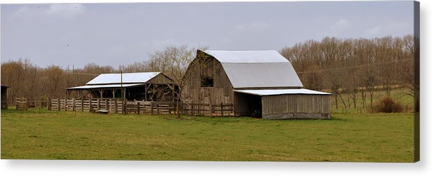Barn Acrylic Print featuring the photograph Barn In The Ozarks by Marty Koch