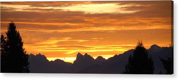 Mountains Acrylic Print featuring the photograph Cascade Mountains Sunrise 1 by Carol Eliassen