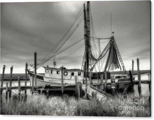 Shrimp Boat Acrylic Print featuring the photograph Lowcountry Shrimp Boat by Scott Hansen