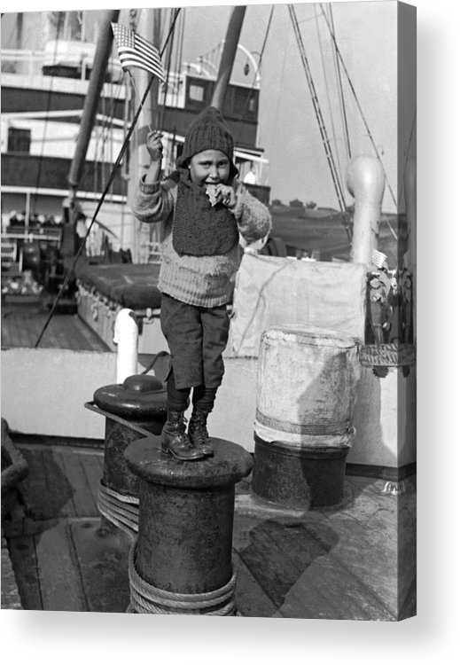 1926 Acrylic Print featuring the photograph Child Arriving At Ellis Island by Underwood Archives