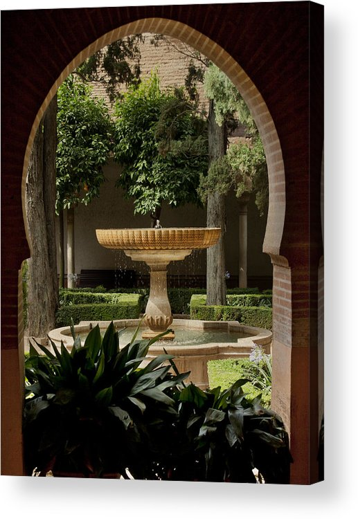 Mediterranean Garden Acrylic Print featuring the photograph Islamic Fountain by Francisco Marquez