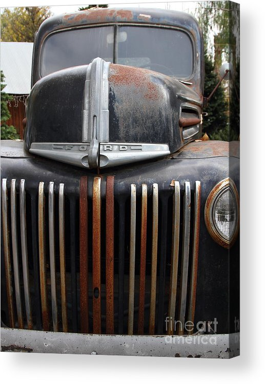 Transportation Acrylic Print featuring the photograph Nostalgic Rusty Old Ford Truck . 7d10281 by Wingsdomain Art and Photography