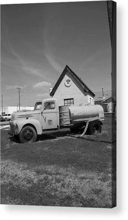 66 Acrylic Print featuring the photograph Route 66 - Mclean Texas by Frank Romeo