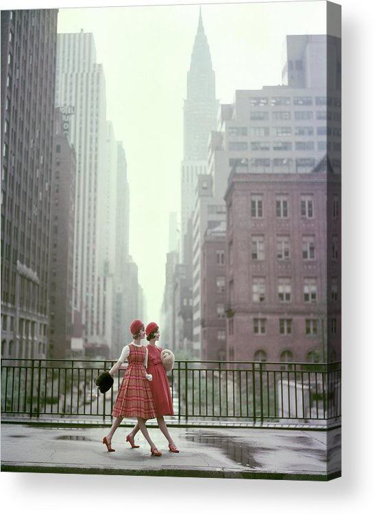 Models In New York City Acrylic Print By Sante Forlano