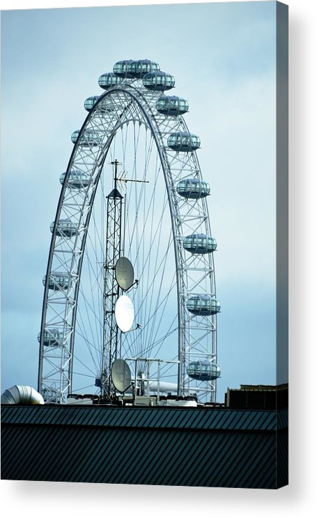 London Acrylic Print featuring the photograph London Eye Framing Antennae by Richard Henne