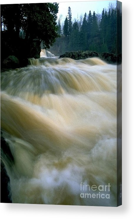 Water Acrylic Print featuring the photograph Water Coming right at you by Sven Brogren