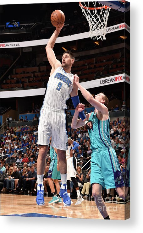 Nba Pro Basketball Acrylic Print featuring the photograph Charlotte Hornets V Orlando Magic by Gary Bassing