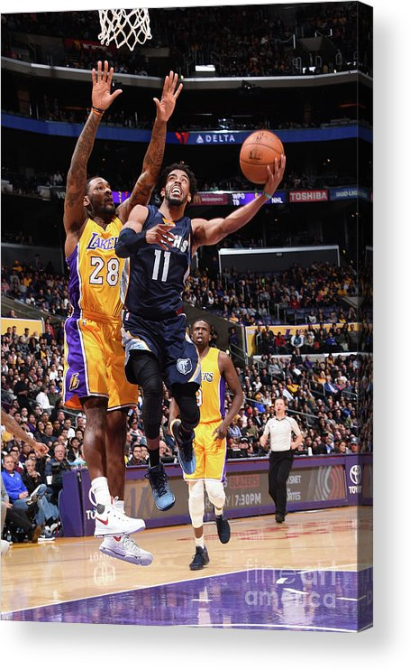 Nba Pro Basketball Acrylic Print featuring the photograph Memphis Grizzlies V Los Angeles Lakers by Andrew D. Bernstein